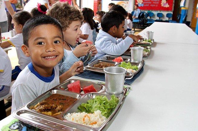 alimentação na escola