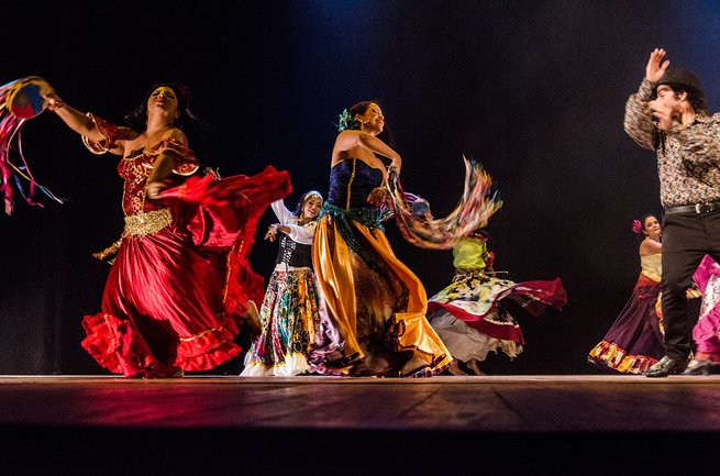 Ciganos dançando
